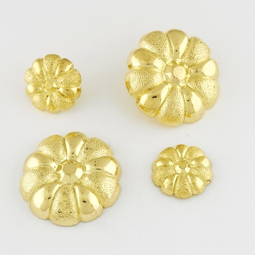 24L & 40L  Two-Tone Floral Novelty Gold Metal Button